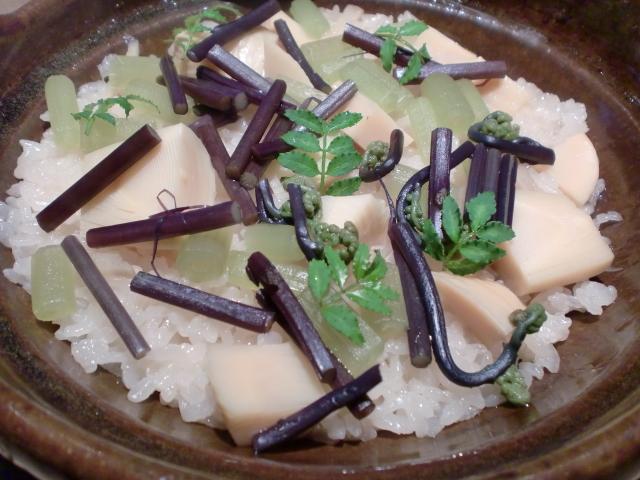 池尻おわんのブログ-山菜の炊き込みご飯